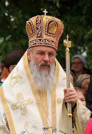 """IPS Serafim Joantă îndeamnă monahii la comuniune cu homosexualii: """"…nu doar noi, ortodocșii, nemîntuim…"""""""