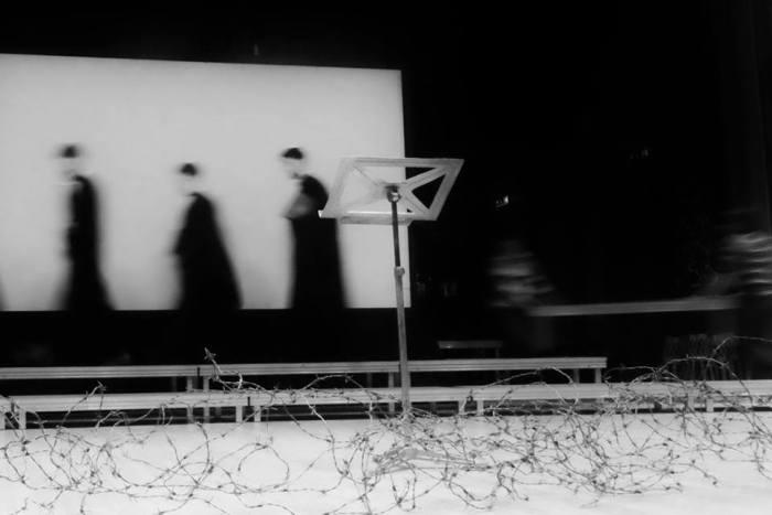 """Prigoana/Teroarea Roșie în contra Bisricii Ortodoxe, de Pr prof dr Ioan Dură. Spicuim din cuprins: """"… în 1948, regimul comunist trecea şi la exercitarea unui control riguros, permanent şi direct asupra Bisericii mai ales prin ofiţerii de Securitate, prezenţi mereu în toate instituţiile bisericeşti (protopopiate, mănăstiri, şcoli teologice, centre eparhiale, Patriarhie), gata oricând să reprime orice acţiune considerată contrară intereselor statului ateu. Erau acei aşa-numiţi inspectori de culte din cadrul Ministerului de Culte – devenit Departament al Cultelor în 1958 – care aveau să-şi înceteze funcţia abia la sfârşitul lui martie 1990.""""[Oare?]"""
