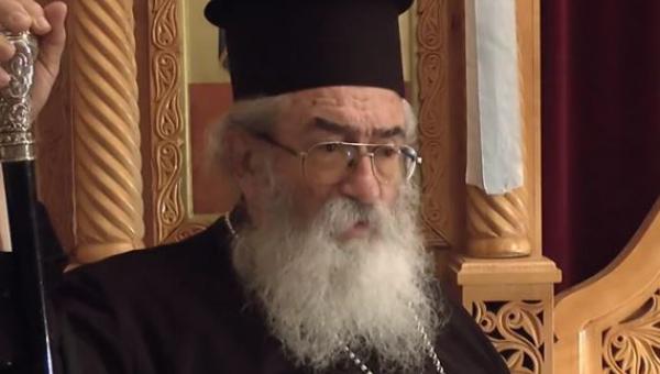 Înaltpreasfințitul DAMIANOS al Sinaiului s-ar afla la ora la care scriem – conform sitului www.aparatorul.md – între viață și moarte, în urma unui accident suspect petrecut în incinta mînăstirii. Articolul precizează că la data de 26 ianuarie a.c. (în urmă cu o săptămînă, deci) Arhiepiscopul DAMIANOS al MUNTELUI SINAI a făcut o DECLARAȚIE PUBLICĂ ANTIECUMENISTĂ și ANTI-CRETA, pe puncte. Redăm în întregime articolul redactat și publicat astăzi, vineri 2 februarie 2018 – Întîmpinarea Domnului – de Apărătorul Ortodox al Mișcării Juriștilor Ortodocși dinMoldova.